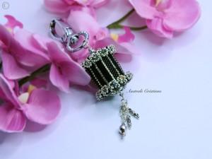 toutes ces perles partageons notre passion. Black Bedroom Furniture Sets. Home Design Ideas
